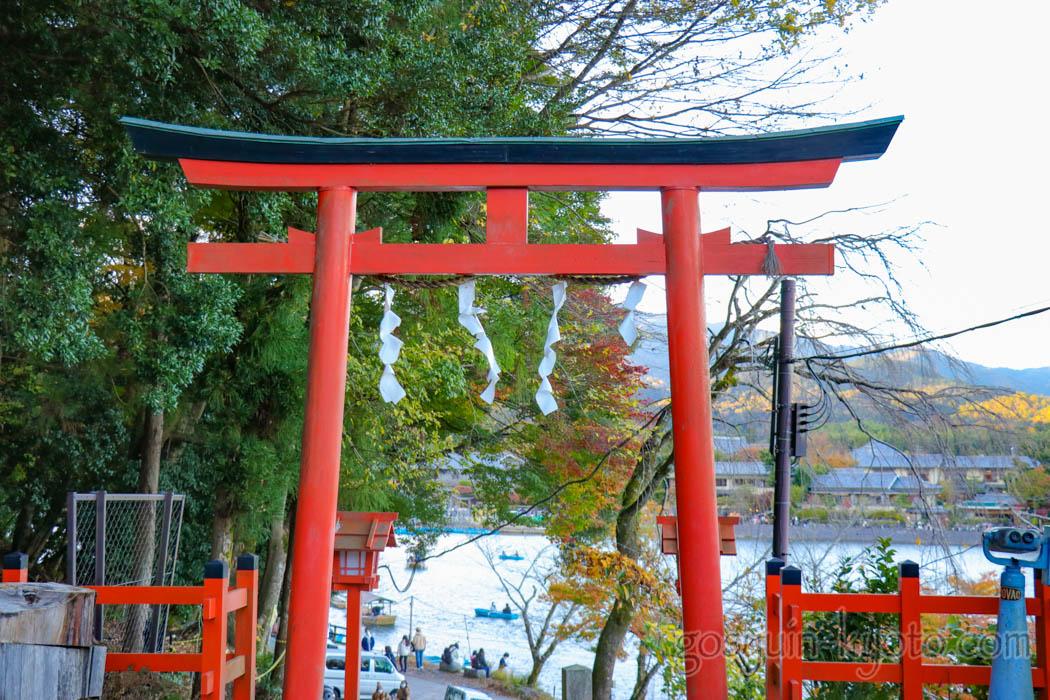 櫟谷宗像神社の鳥居