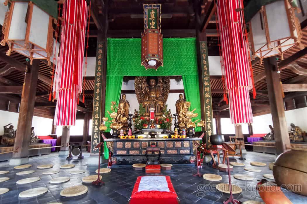 萬福寺の本尊