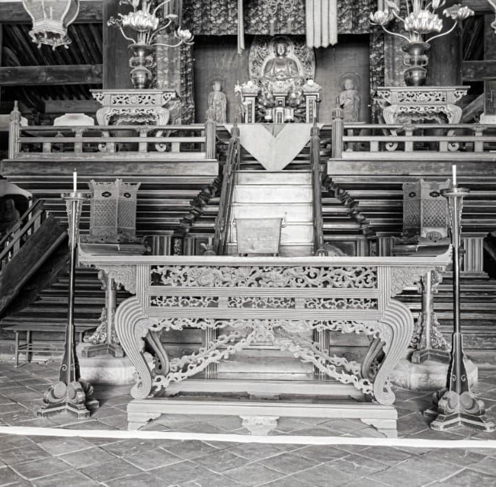 相国寺の法堂の内部
