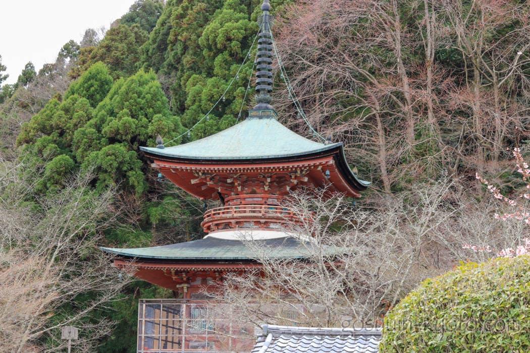京都市嵐山の法輪寺の多宝塔