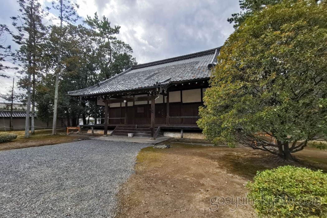 広隆寺の薬師堂