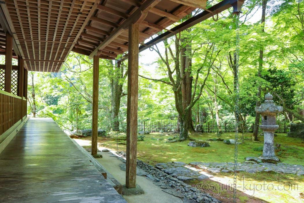 京都市右京区の高山寺の石水院
