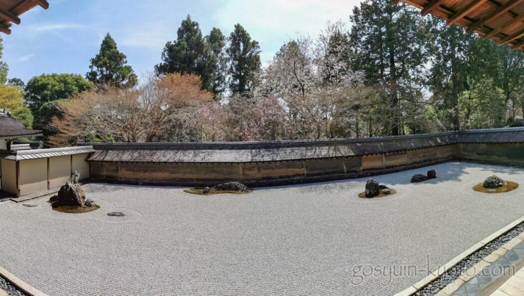 京都市右京区の龍安寺の石庭