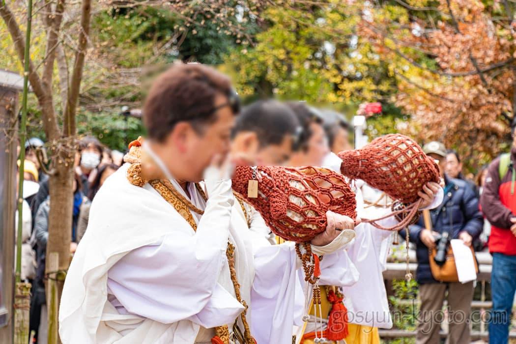 京都市左京区の聖護院門跡の山伏